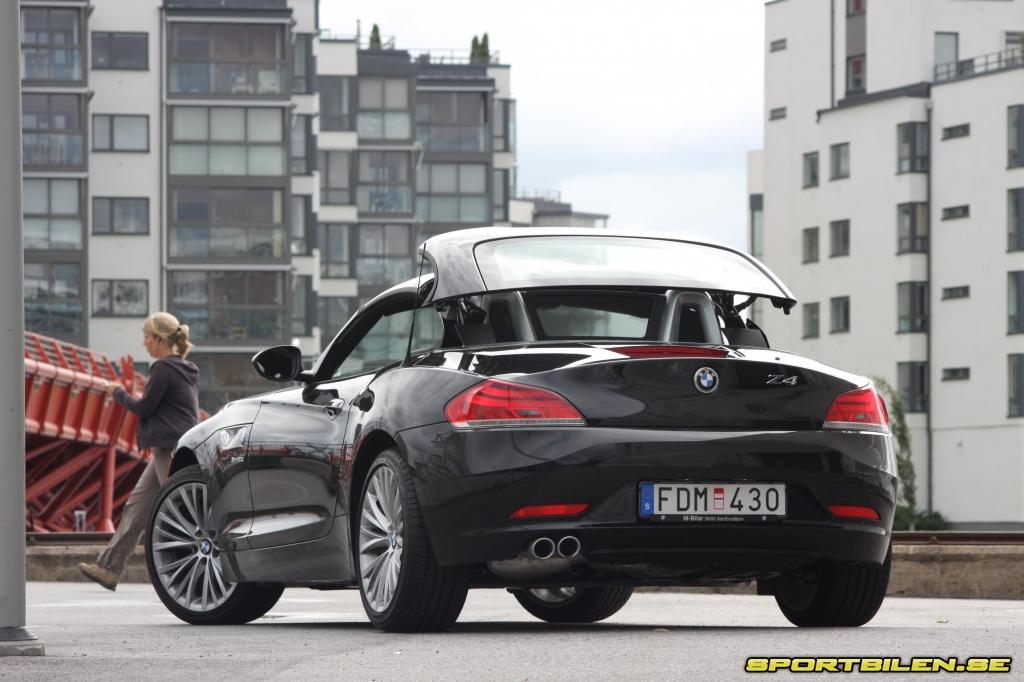 Nya bil i tyska crasher